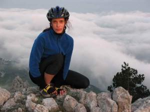Катя в велопоходе по горному Крыму